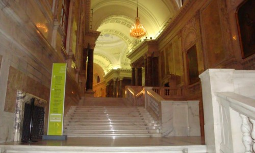Eingangshalle des Museums