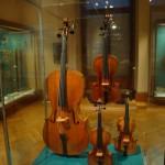 Violincello, Viola und Violinen